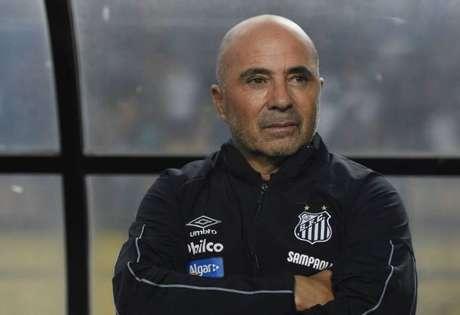 Sampaoli volta a ter seu nome envolvido com o Racing (Foto: Sergio Barzaghi/Gazeta Press)