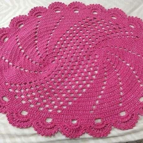 70. Tapete de crochê rosa pink. Fonte: Fany