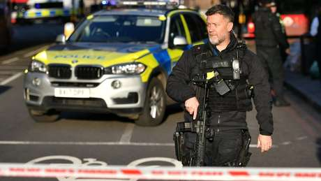 Polícia fechou a London Bridge, no centro de Londres, após o ataque