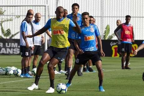 Pedrinho é a principal dúvida do Corinthians para o duelo contra o Galo, domingo, no Independência (Daniel Augusto Jr./Agência Corinthians)