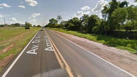 Acidente entre ônibus e moto matou cinco pessoas na Rodovia Péricles Belini, na altura de Votuporanga (SP)