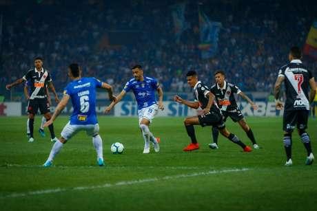 Vasco e Cruzeiro se enfrentaram no Mineirão, no primeiro turno. Vitória da Raposa (Foto: Vinnicius Silva/Cruzeiro)
