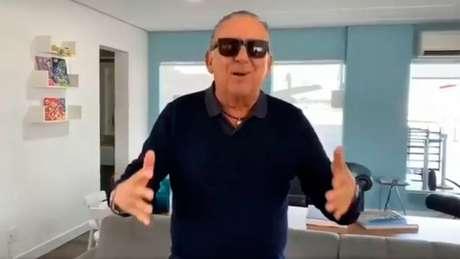 Após desembarcar no Brasil, Galvão compartilhou um vídeo agradecendo o carinho dos fãs (Foto: Reprodução)