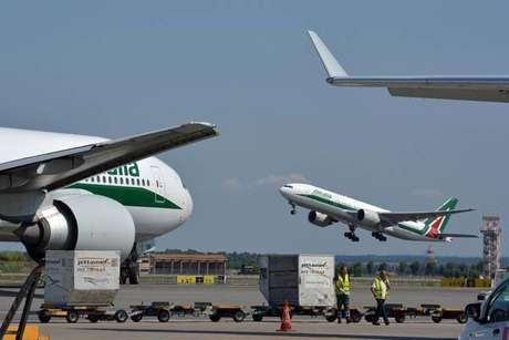 Governo aprova decreto para liberar empréstimo para Alitalia