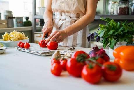 Listamos motivos para te incentivar a aprender a cozinhar