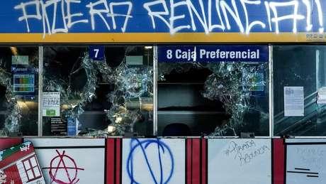 Colunista chileno diz que 'houve apenas uma manifestação pacífica' no país — o resto seria caracterizado por uma 'violência incomum'