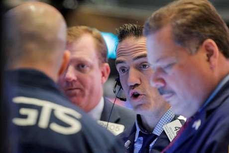 Operadores na Bolsa de Nova York. 13/11/2019. REUTERS/Brendan McDermid