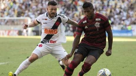 Rossi, durante o jogo contra o Flamengo (Foto: DELMIRO JUNIOR/PHOTO PREMIUM/LANCEPRESS!)