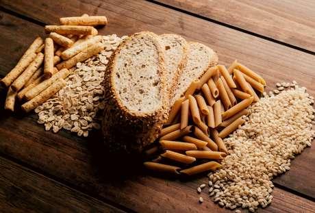 Descubra como saber se os alimentos que você consome são realmente integrais