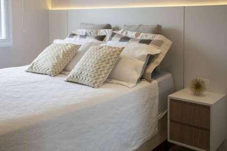 1. Decoração de quarto de casal neutro – Projeto: Cris Paola