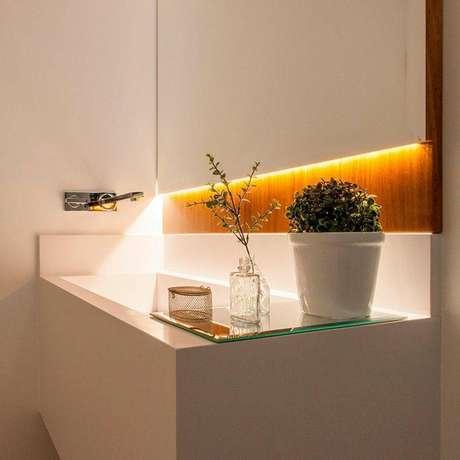 2. A torneira para pia de banheiro inox é o que há de mais popular no mercado. Projeto de GF Projetos