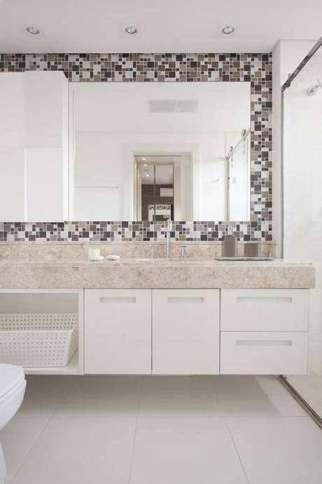 16. A torneira para pia de banheiro é sempre válida em uma ambiente. Projeto de Sartori Design