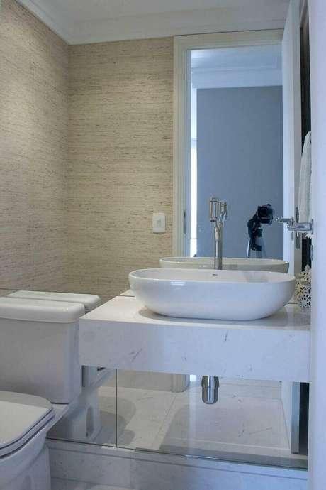 31. A torneira para pia de banheiro deve ser passar por testes antes de ser comprada. Projeto de Patrícia Kolanian Pasquini