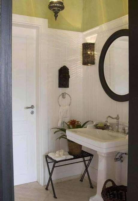 29. A torneira para pia de banheiro pode ser clássica. Projeto de Beto Galvez e Nórea de Vitto