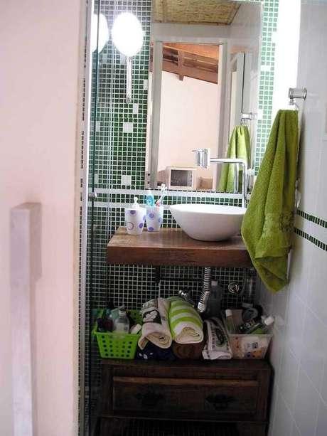 10. A torneira para pia de banheiro pode ter diferentes modelos. Projeto de Ana Cristina Coutinho