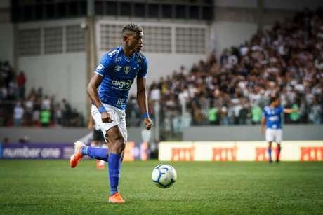 Orejuela pode ser a arma secreta da Raposa diante do Grêmio, jogando no ataque- (Vinnicius Silva/Cruzeiro)