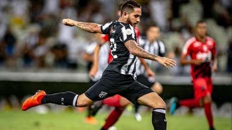 Empatou contra o CAP: Ceará ainda precisa somar pontos para escapar do rebaixamento (Miguel Locatelli/Athletico)