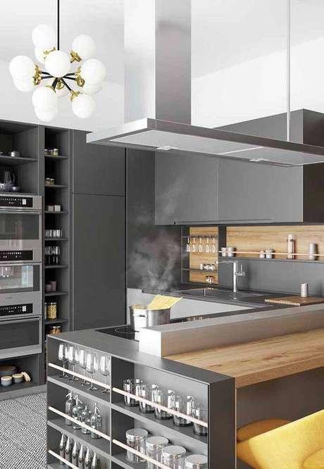 20. A cozinha cinza é linda e chamativa. Foto: Ideias Decor