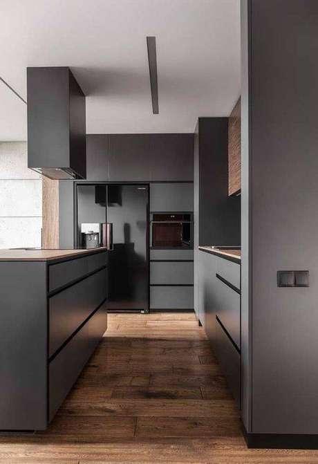 56. A cozinha cinza é muito classuda. Foto: Decor Fácil