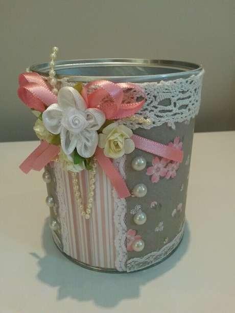 14. Decoração com renda para latas decoradas. Fonte: Pinterest