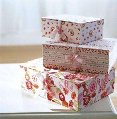 31. Lembrancinha de batizado feita de caixa de leite – Via: Revista VD