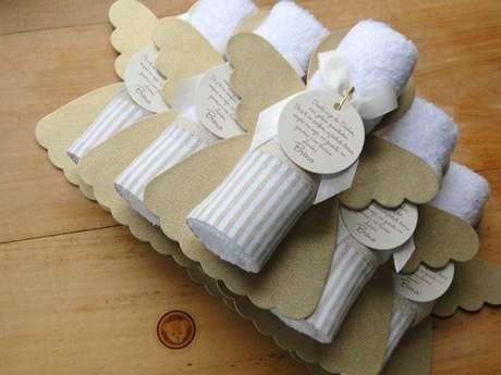 16. Lembrancinhas de batizado personalizados com frase linda – Via: Espaço Infantil
