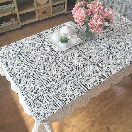 42. Toalha de mesa de crochê retangular