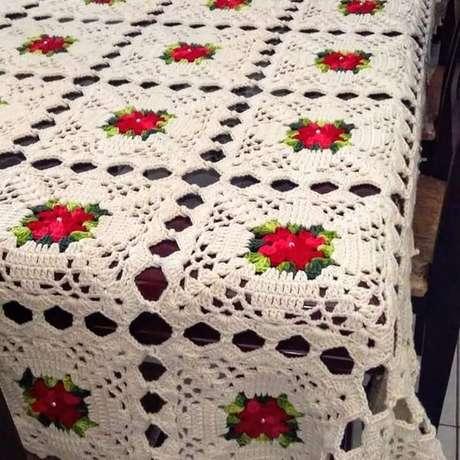 55. A toalha de mesa pode parecer uma manta. Foto: Pinterest
