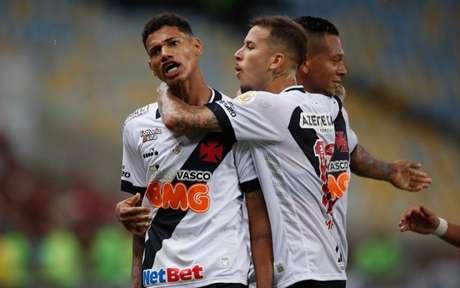 Marrony e Marcos Junior deverão ser titulares contra o Bahia, nesta quinta-feira (Foto: Rafael Ribeiro/Vasco)