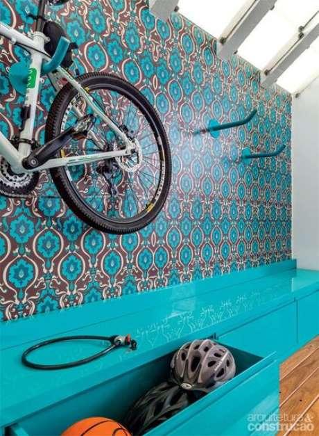 79. O azul Tiffany em papel de parede é muito popular. Foto: Casa Abril