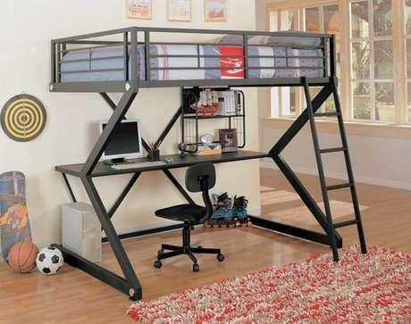 12. Os modelos de beliche com escrivaninha minimalista são mais fáceis de combinar com o resto da decoração do quarto.