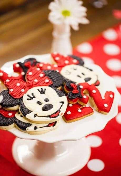 90 – Biscoitos em formato da Minnie. Fonte: Decor Fácil