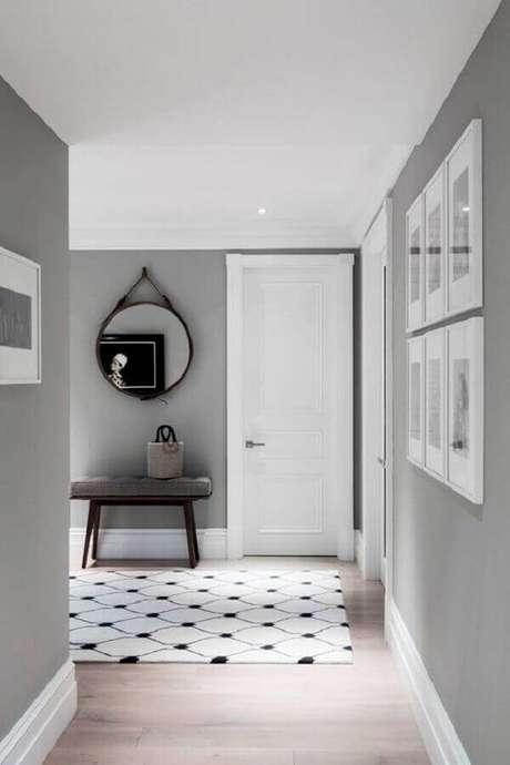 13. Invista na tinta cinza parede para uma casa com estilo atemporal – Foto: Pinosy