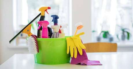 2. Crie um hábito de organização e limpeza da casa – Foto: LiveHere