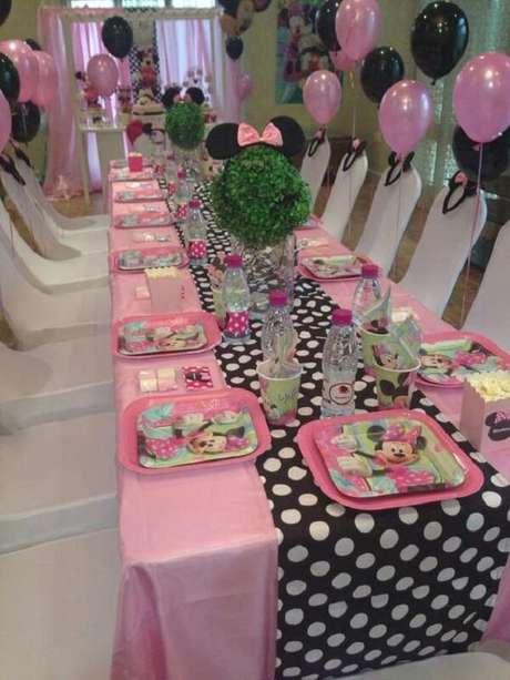 110 – Reserve um espaço especial para as crianças degustarem as delicias da festa. Fonte: Transforme Sua Casa