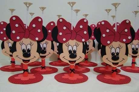 9 – Decoração criativa para festa da minnie simples com material E.V.A. Fonte: Elo 7