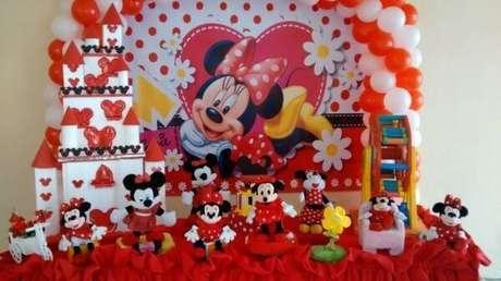 93 – Decoração de festa da minnie vermelha. Fonte empório Candy