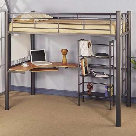 55. Modelo simples de beliche com escrivaninha embaixo