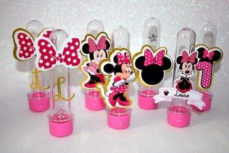 39 – Utilize tubetes decorados com a personagem Minnie. Fonte: Elo 7