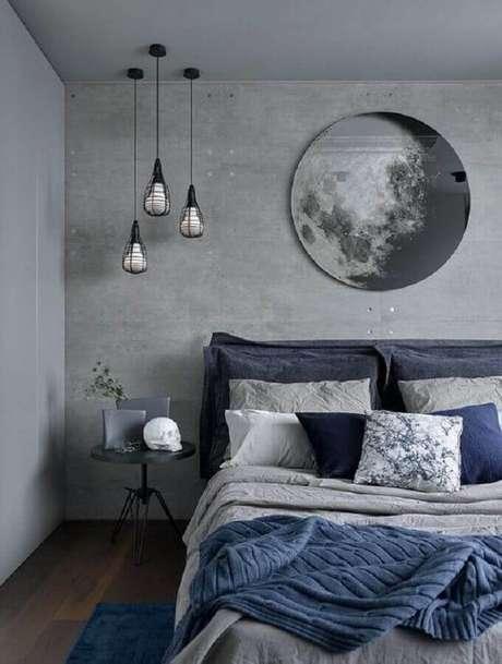 31. Quarto moderno decorado com tinta cinza parede e pendente minimalista – Foto: Pinterest