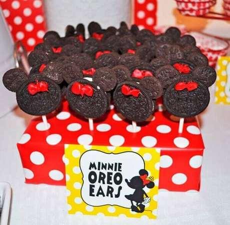 87 – Pirulitos de chocolate em formato de Minnie. Fonte: Dicas da Japa