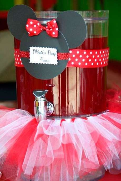 120 – Coloque o suco da festa em recipientes criativos. Fonte: Dicas da Japa