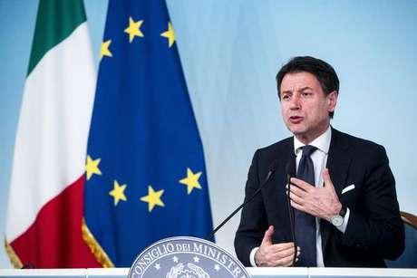 Giuseppe Conte explica recuo do governo sobre imposto do plástico