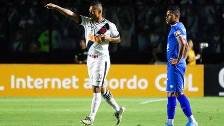 Guarín fez um gol contra o Cruzeiro, mas acabou suspenso (Andre Melo Andrade/MyPhoto Press/Lancepress!)
