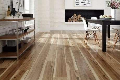 2. Desfrute do conforto térmico que o piso flutuante pode trazer para seu ambiente. Fonte: Pinterest