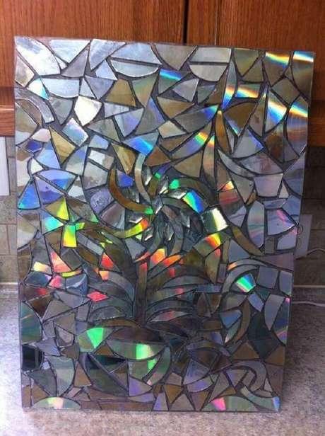 32. Monte um lindo painel por meio do artesanato com CD. Fonte: Pinterest