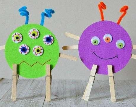 12. O artesanato com CD também pode se transformar em brinquedos para as crianças. Fonte: Pinterest
