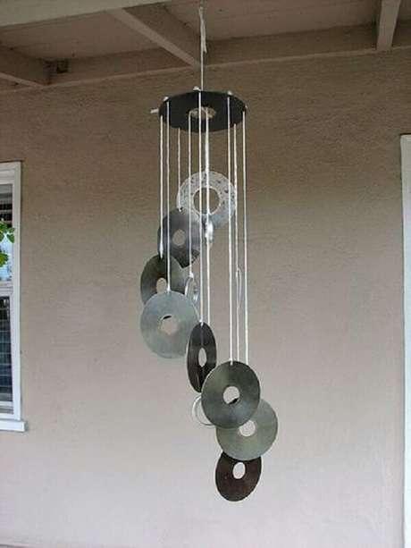 16. Há diversas formas de fazer a decoração com CD. Fonte: Pinterest