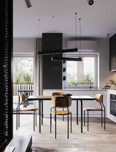 54. Cozinha com piso laminado flutuante e mesa retangular. Fonte: Pinterest