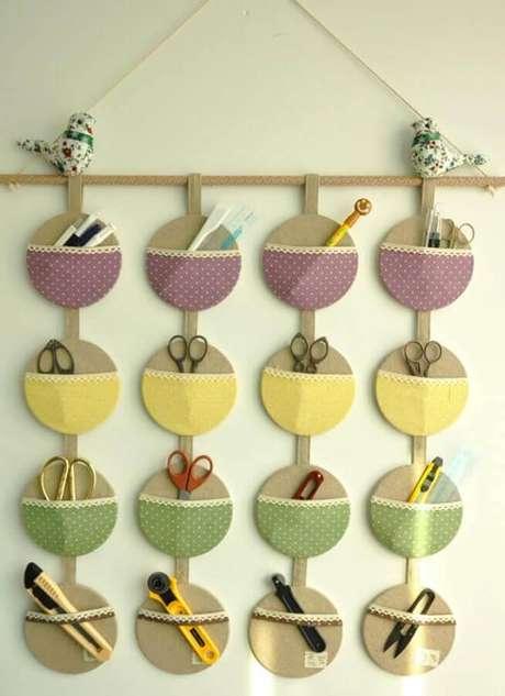9. Organizador para atelier feito por meio do artesanato com CD. Fonte: Pinterest